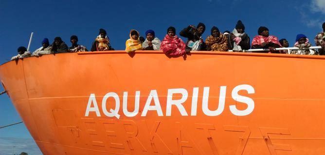 L'Aquarius où le messie sauveur des migrants